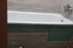 Защитный экран под ванной.