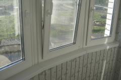 Остекление и внутренняя отделка лоджии в новой квартире.