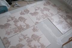 Предварительная раскладка и подбор плитки.