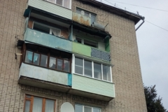 Красавец балкон на фоне остальных