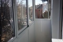 Ограждение и остекление балкона алюминием