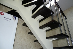 Каркас-для-лестницы-на-второй-этаж