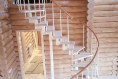 Лестница для дома по индивидуальному проекту