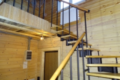 Лестница-для-деревянного-дома