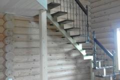 Лестница на наклонном монокосоуре