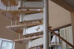 Конструкция-винтовой-лестницы