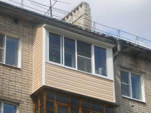 Балкон 015