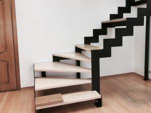 """Каркас лестницы в стиле """"лофт"""""""